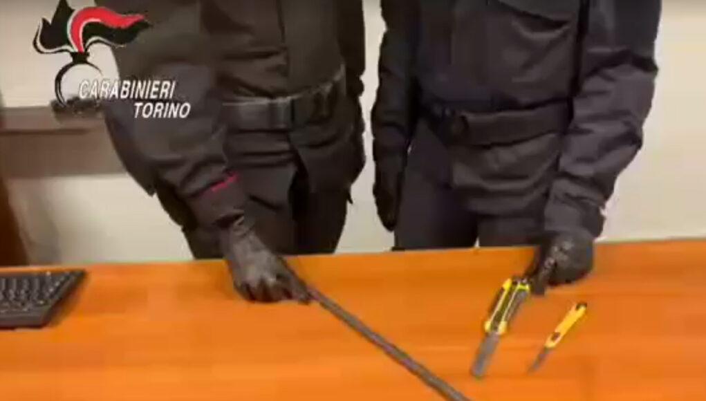 carabinieri armi improprie
