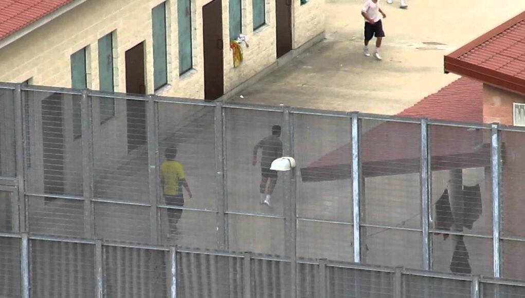 cie torino immigrati espulsioni